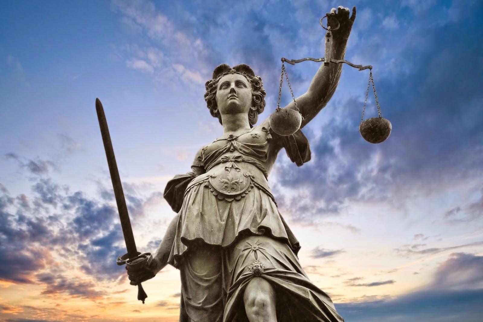 ¿Cómo Afecta el Concurso-Oposición a los Opositores de Justicia?